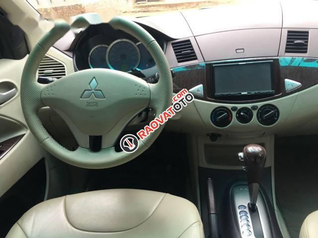 Cần bán xe Mitsubishi Zinger 2.4AT sản xuất 2009, giá tốt-4