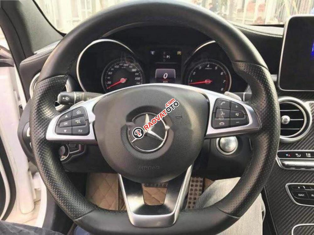 Bán xe Mercedes C300 AMG đời 2016, màu trắng như mới-6