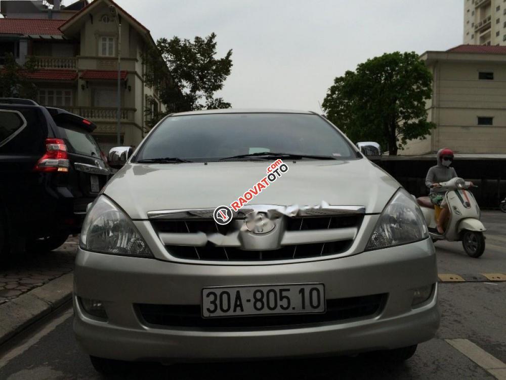 Cần bán xe Toyota Innova đời 2008, màu bạc-7