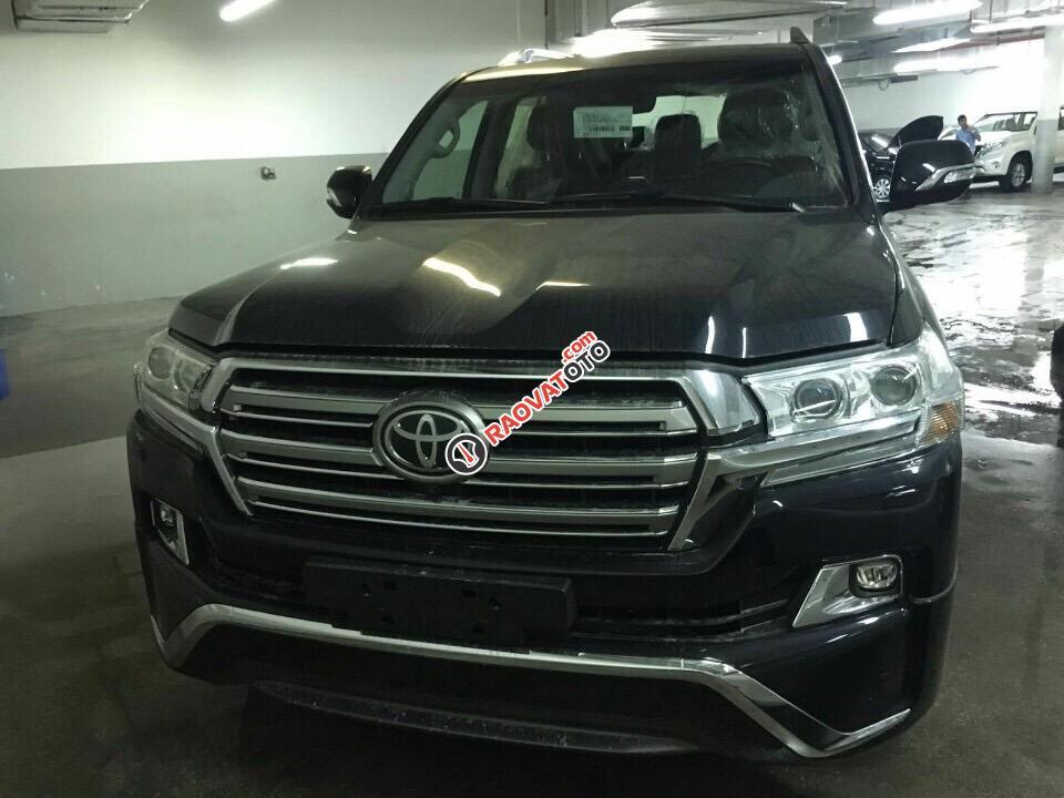 Bán Toyota Land Cruiser 4.6 VXR đời 2018, mới 100% nhập Trung Đông-0