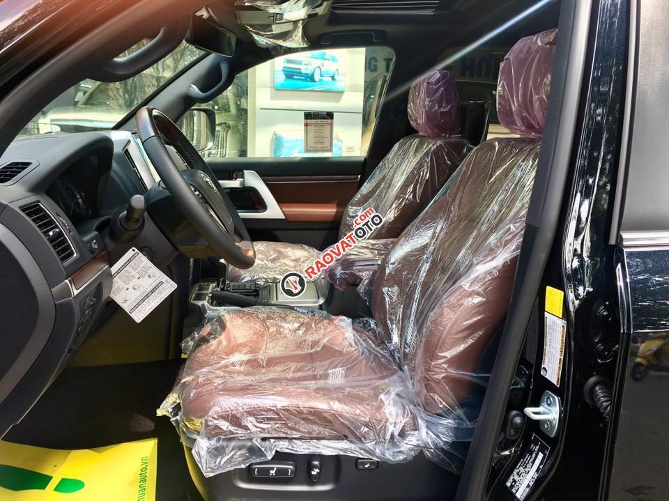 Bán xe Toyota Land Cruiser 5.7 V8 năm 2017, màu đen, nhập khẩu Mỹ giá tốt. LH: 0948.256.912-5
