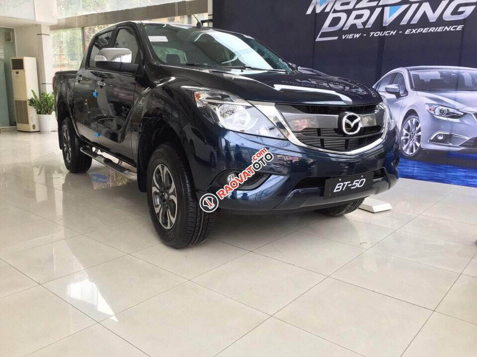 Mazda Nguyễn Trãi - Bán Mazda BT 50 phiên bản mới - K/M cực lớn - Liên hệ ngay để ép giá tốt nhất: 0946.185.885-0