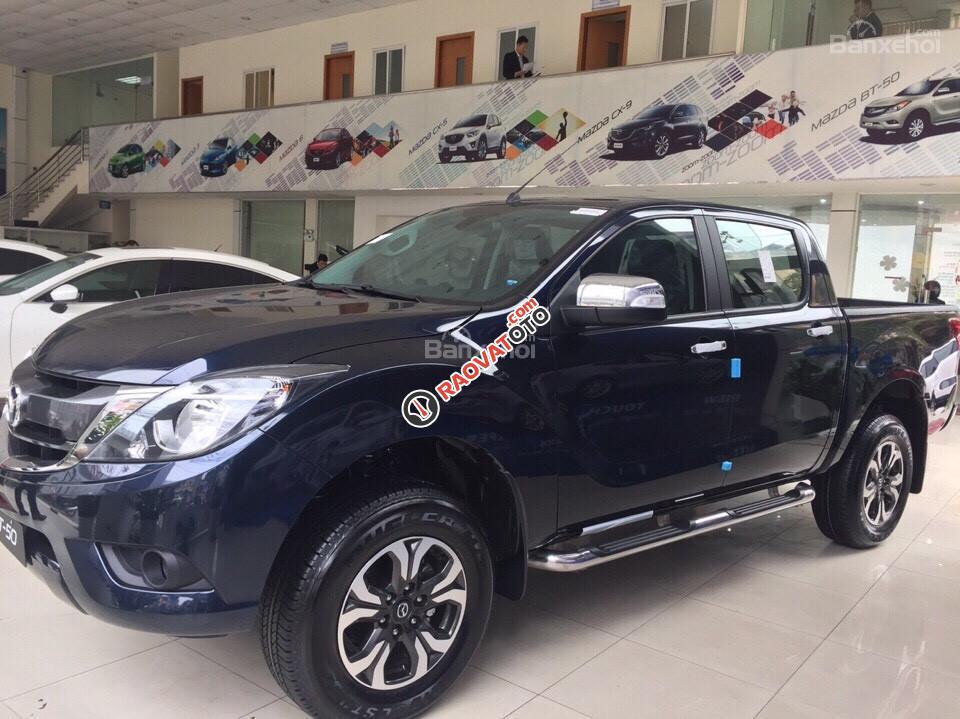 Mazda Nguyễn Trãi - Bán Mazda BT 50 phiên bản mới - K/M cực lớn - Liên hệ ngay để ép giá tốt nhất: 0946.185.885-1