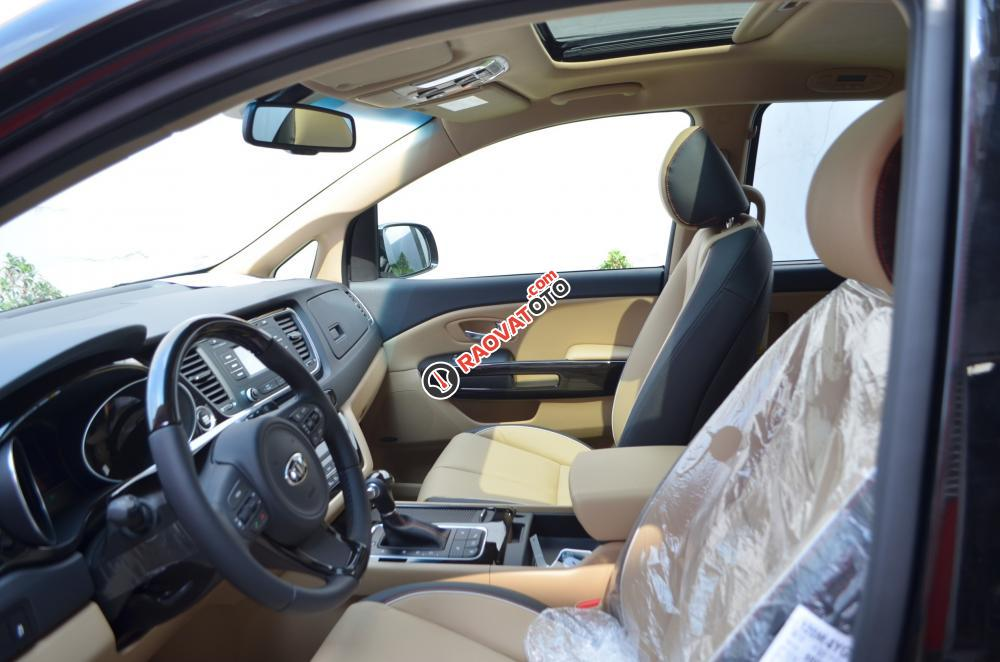 Cần bán Kia Sedona màu trắng, 1 tỷ 409 triệu-12