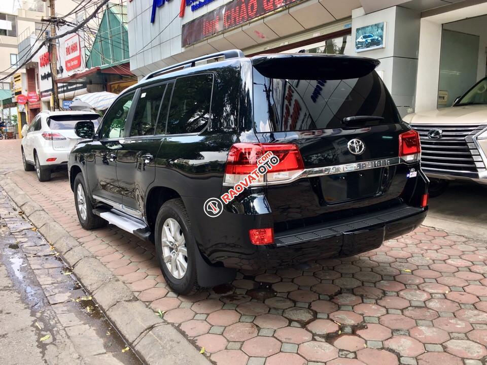 Bán xe Toyota Land Cruiser 5.7 V8 năm 2017, màu đen, nhập khẩu Mỹ giá tốt. LH: 0948.256.912-4