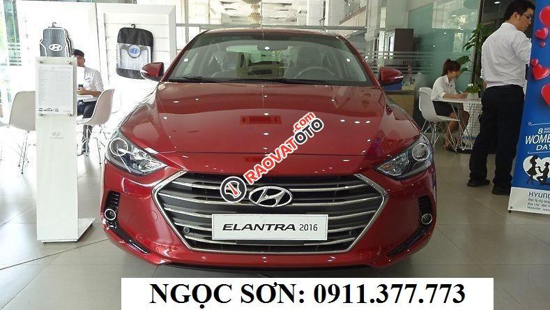 """""""Đón hè 2018 giảm sốc 80 triệu"""" Hyundai Elantra Đà Nẵng, trả góp 90% xe, LH Ngọc Sơn: 0911.377.773-8"""