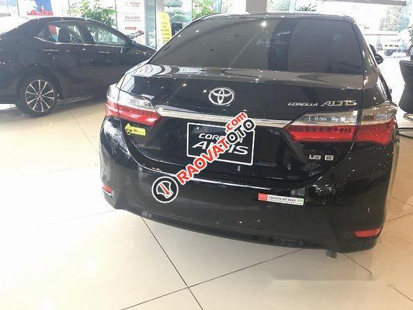 Bán Toyota Corolla Altis năm 2017, màu đen, giá tốt-3