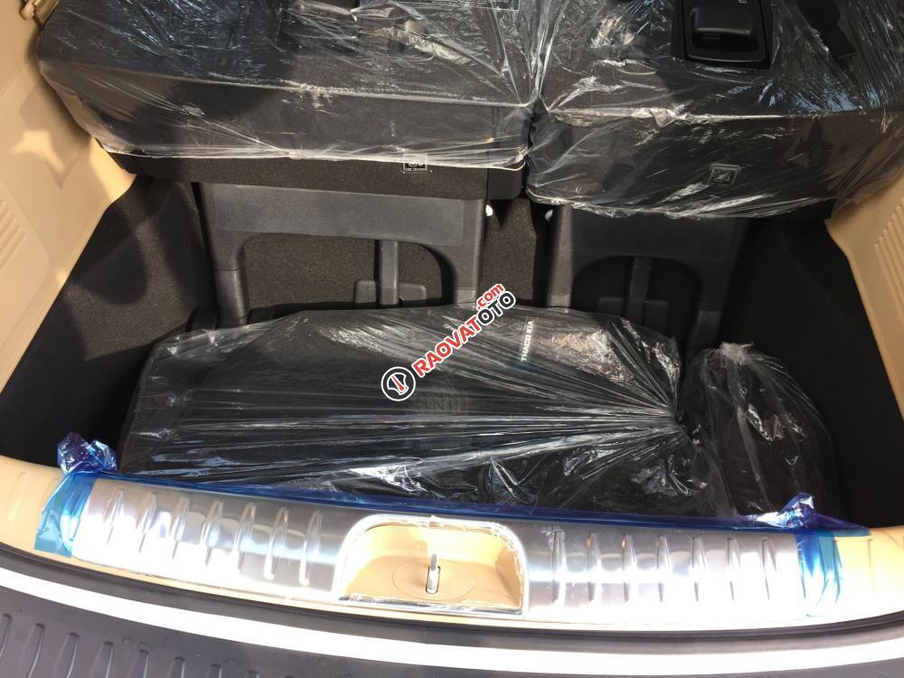 Cần bán Kia Sedona DATH full option, đủ màu, xe giao ngay, lãi suất thấp 0938.838.184-11