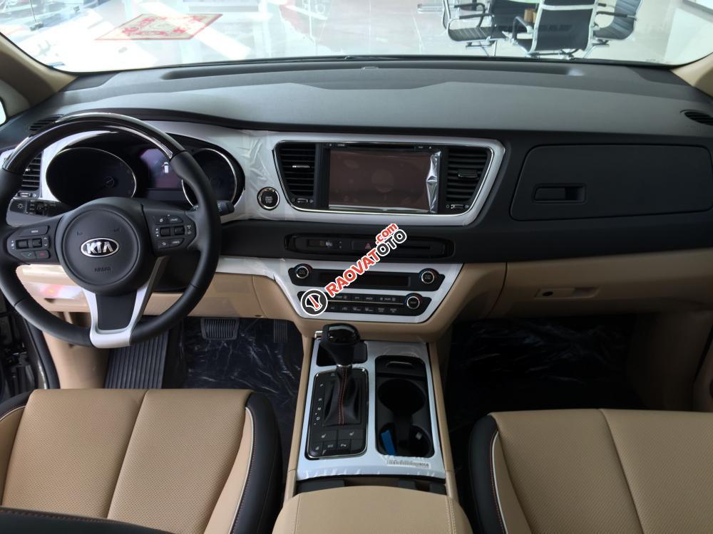 Cần bán Kia Sedona DATH full option, đủ màu, xe giao ngay, lãi suất thấp 0938.838.184-4