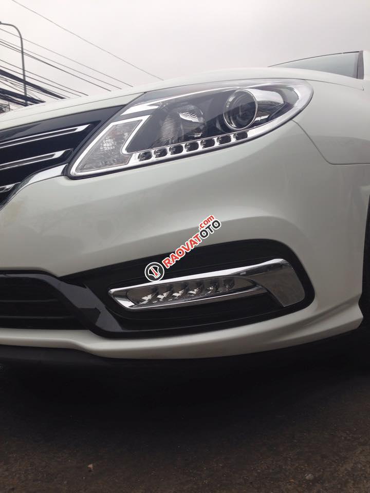 Cần bán xe Samsung SM5 XE đời 2015, màu trắng-5