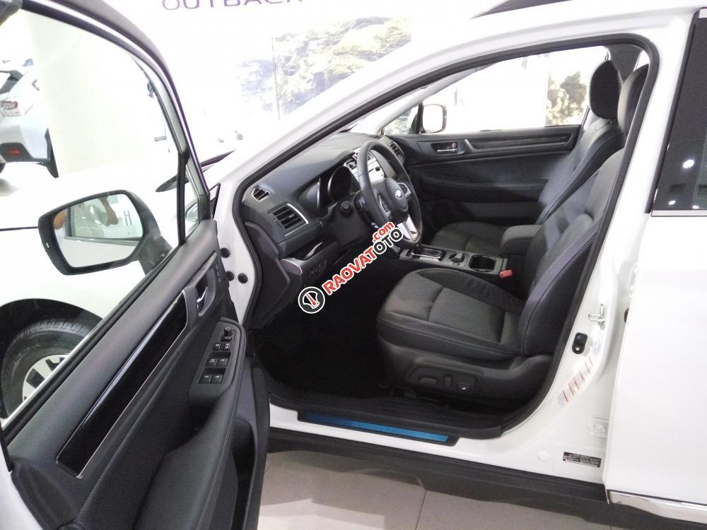 Bán Subaru Outback 2.5 IS xe mới (đỏ, trắng, vàng cát), xe giao ngay gọi 093.22222.30-9