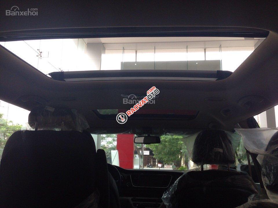 Bán xe Kia Sedona - hỗ trợ trả góp 80%, có xe giao ngay-2
