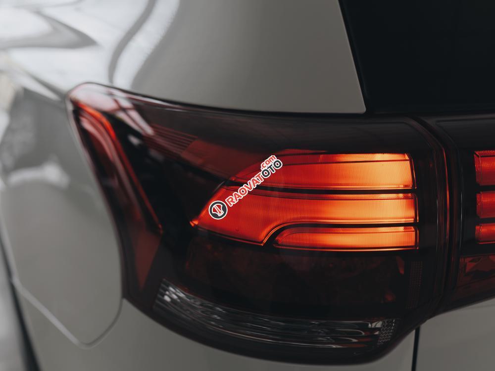 Siêu phẩm Outlander 2.0 bản 7 chổ đã có mặt tại Mitsubishi Quảng Bình-5
