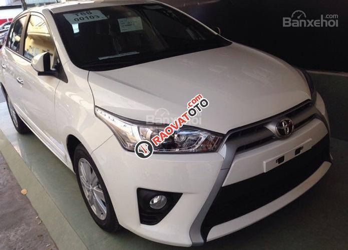 Cần bán Toyota Yaris E màu trắng giao ngay, khuyến mại lớn 2018-1