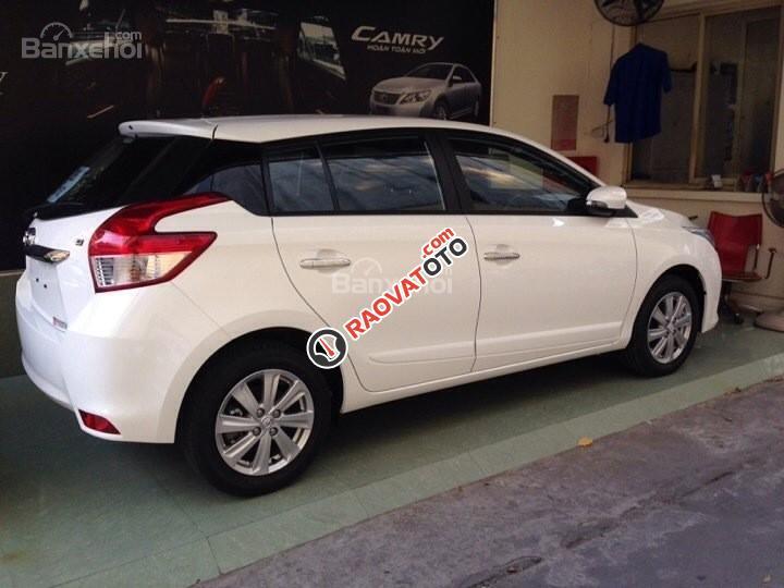 Cần bán Toyota Yaris E màu trắng giao ngay, khuyến mại lớn 2018-5