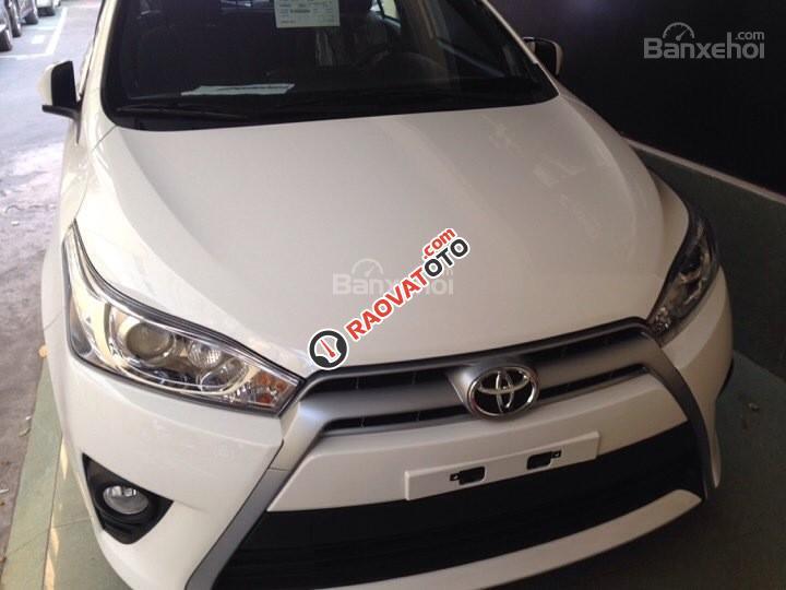 Cần bán Toyota Yaris E màu trắng giao ngay, khuyến mại lớn 2018-4