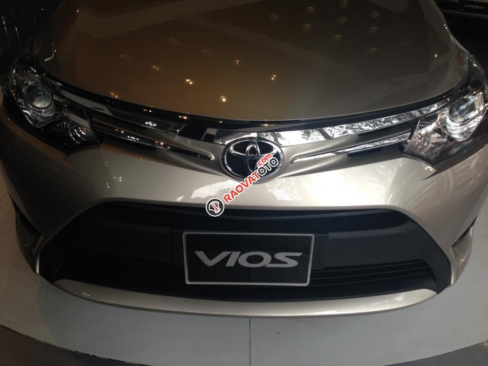 Cần bán Toyota Vios 1.5E MT giá cạnh tranh, hỗ trợ 90% giá trị xe-0