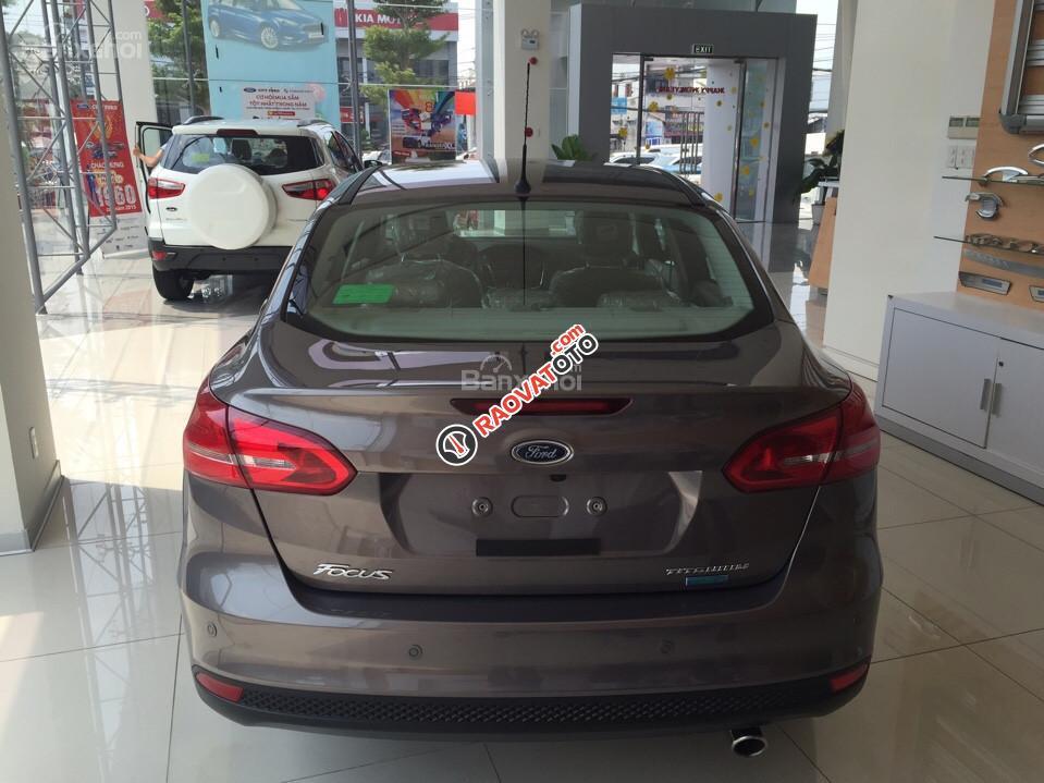 Cần bán xe Ford Focus 1.5 Ecoboost Trend, màu xám (ghi), giá tốt nhất. LH 0933523838-5