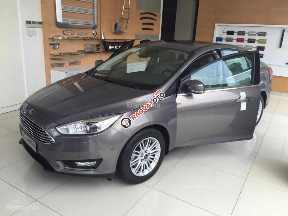 Cần bán xe Ford Focus 1.5 Ecoboost Trend, màu xám (ghi), giá tốt nhất. LH 0933523838-9
