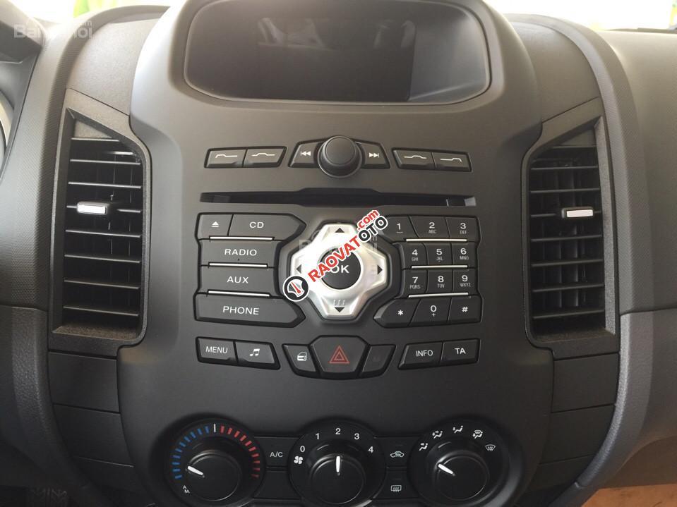 Bán xe Ford Ranger XLS MT, giá tốt nhất miền Nam-5