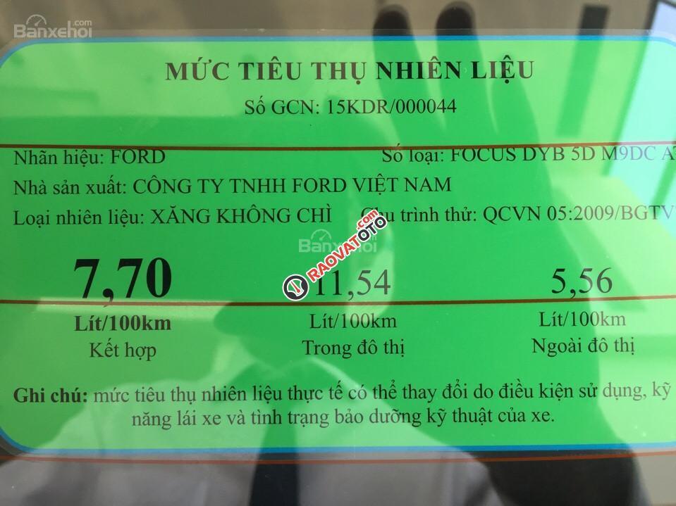 Cần bán xe Ford Focus 1.5 Titatium năm 2017, màu nâu hổ phách, giá tốt-0