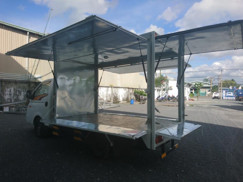 Bán Hyundai Porter 1.5T 2020, màu trắng, thùng cánh dơi EURO4-8