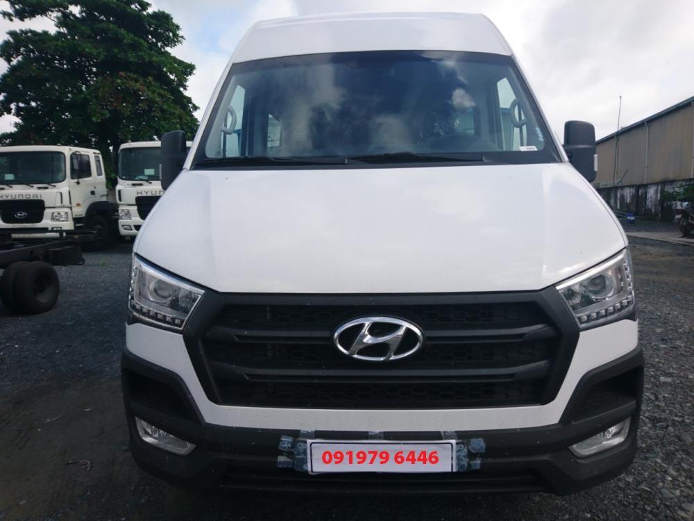 Cần bán xe Hyundai Solati 16C 2019, màu trắng giao ngay-0