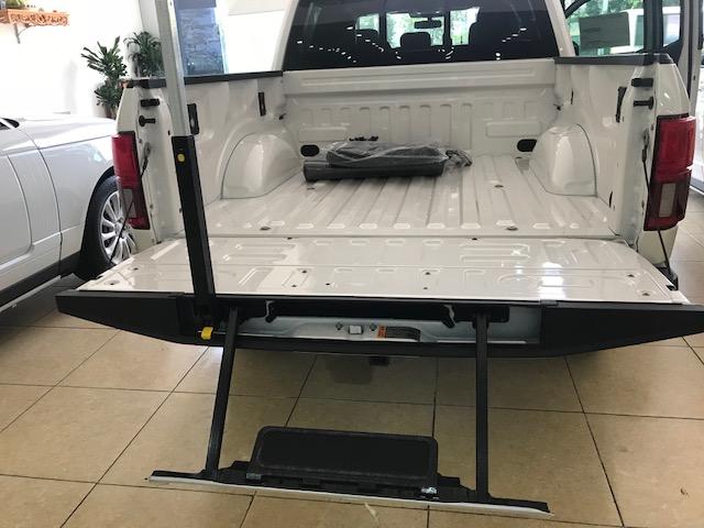 Bán ô tô Ford F 150 Platium năm 2019, màu trắng, nhập khẩu chính hãng-11