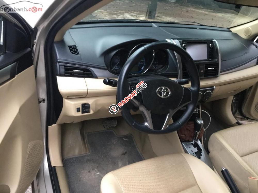 Cần bán xe Toyota Vios 1.5G 2016, màu vàng, số tự động-3