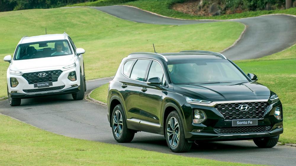 Bán ô tô Hyundai Santa Fe Premium 2019, màu đen-1