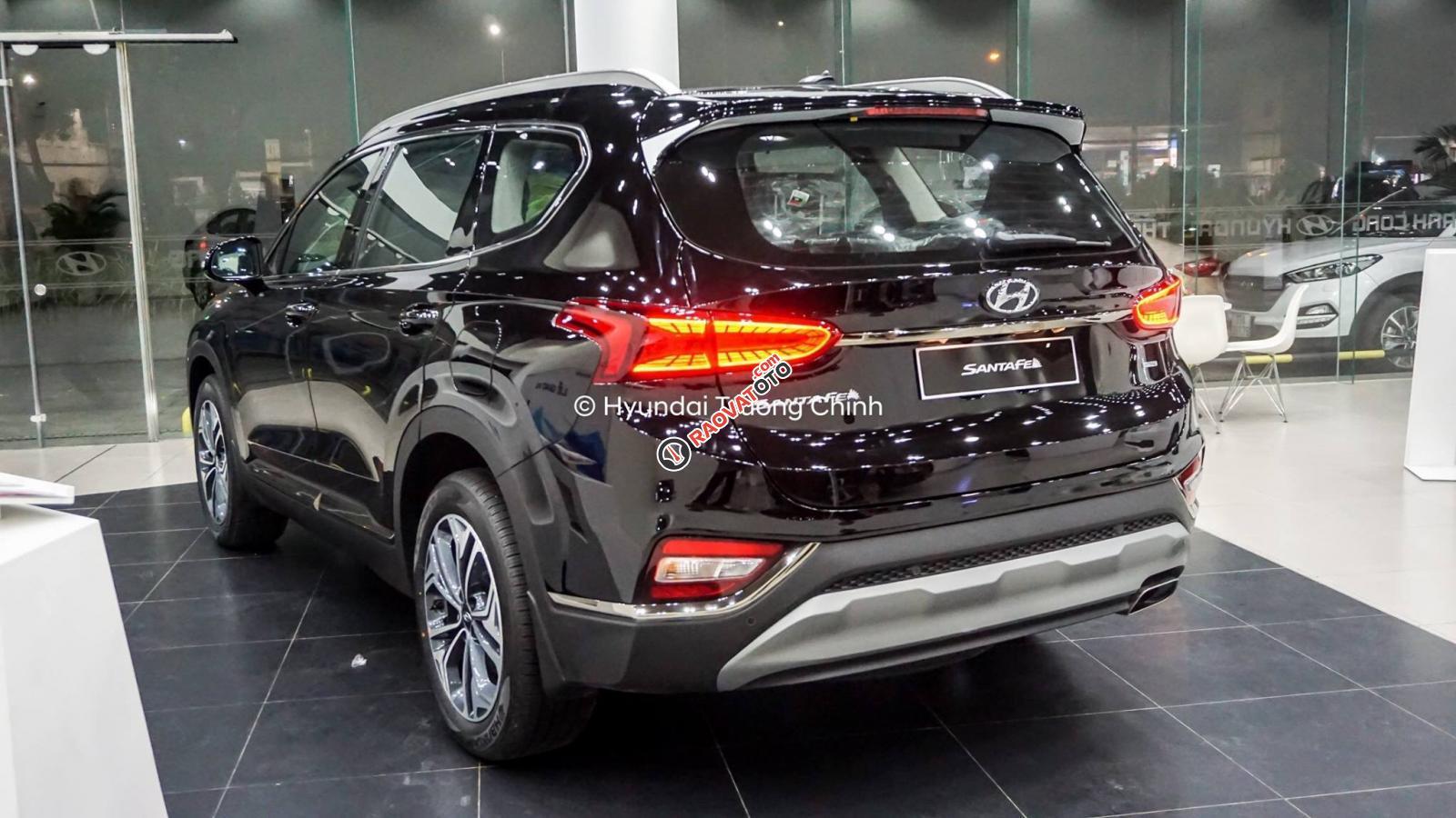 Bán xe Hyundai Santa Fe 2019, màu đen. Xe giao ngay-11