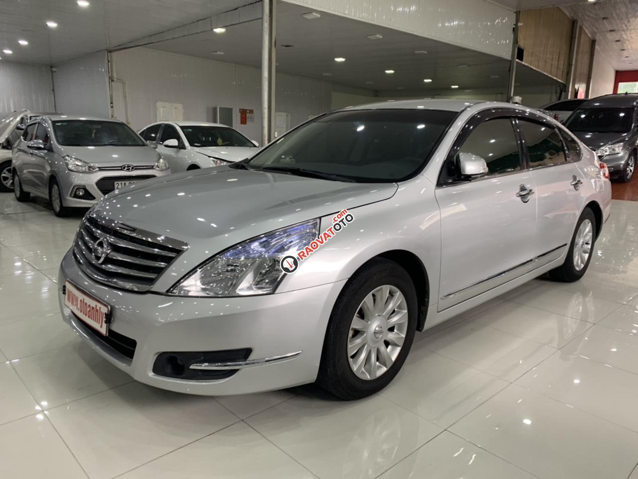 Cần bán xe Nissan Teana sản xuất 2010, màu bạc, nhập khẩu-0
