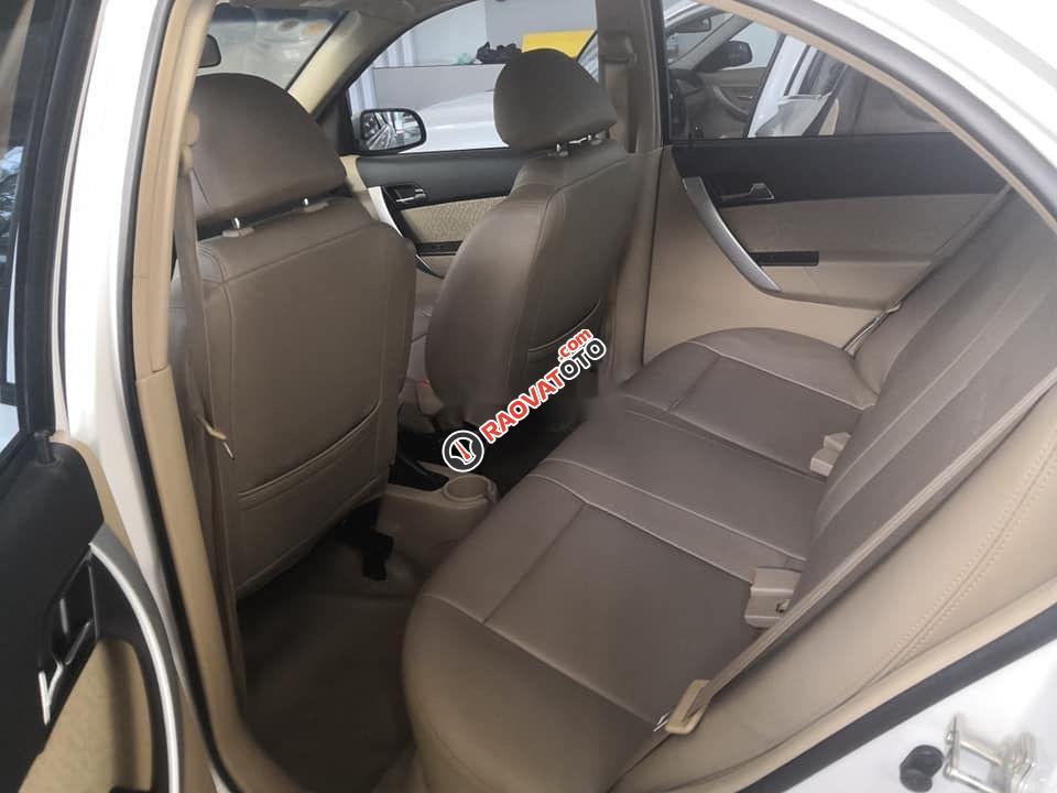 Cần bán xe Chevrolet Aveo 2018, màu trắng, nhập khẩu nguyên chiếc-8
