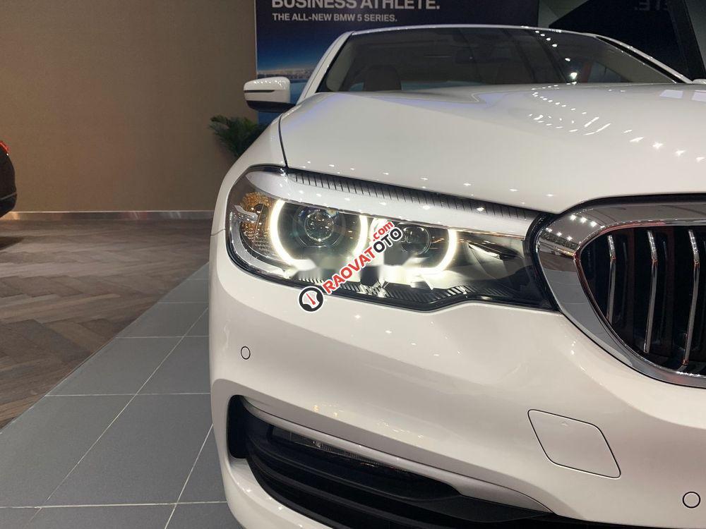 Bán BMW 520i đời 2019, màu trắng, nhập khẩu-3