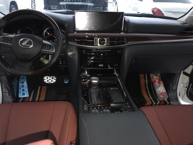 Bán Lexus LX570 Super Sport S sản xuất 2020 mới 100%-8