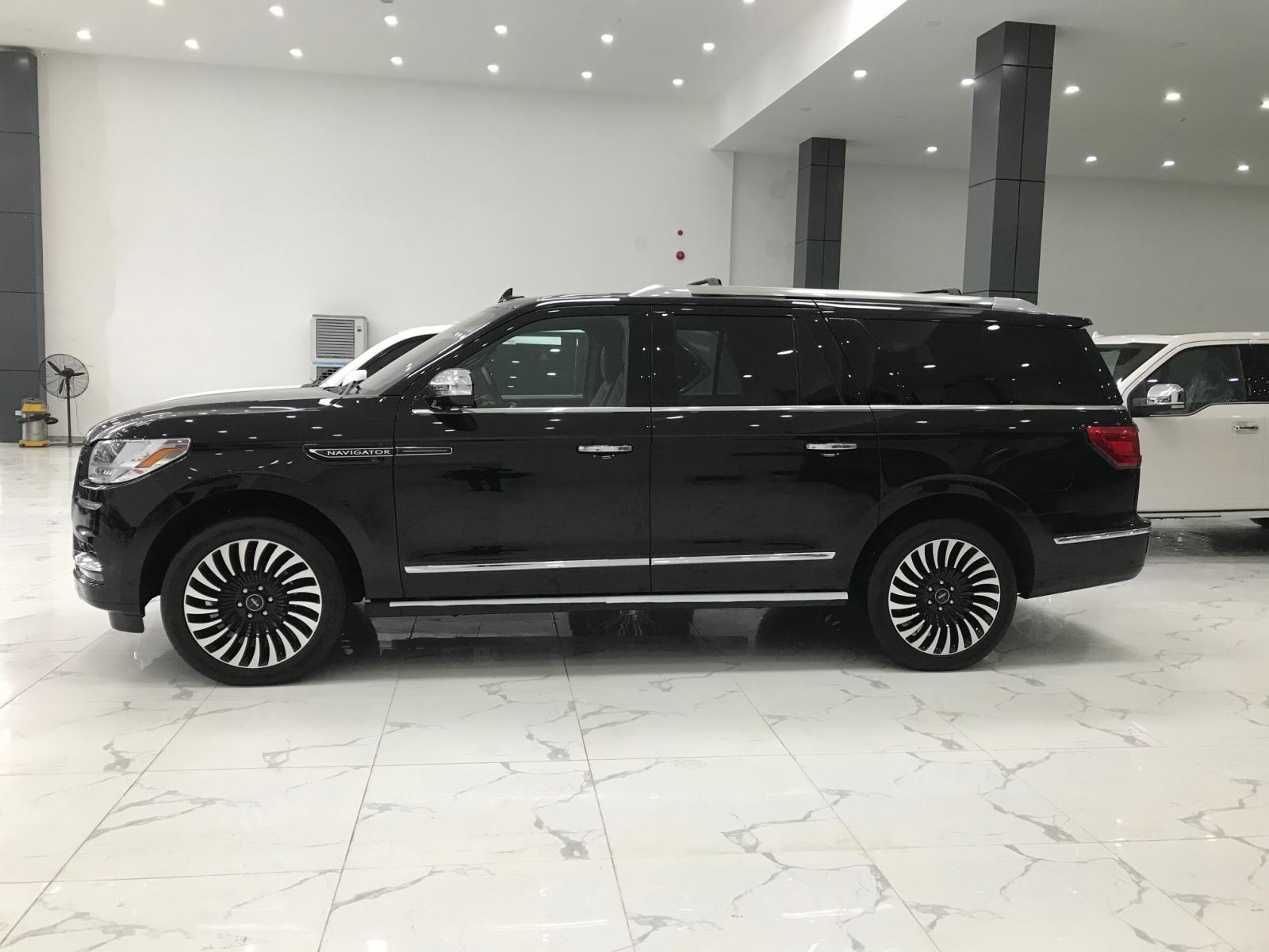 Bán xe Lincoln Navigator Black Labe L mới 100% model 2020-3