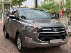 Bán xe cũ Toyota Innova 2.0E năm 2019, số sàn