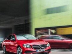 Mercedes-Benz C200 mẫu sedan hạng cao cấp