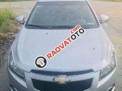 Cần bán gấp Chevrolet Cruze LTZ đời 2010, màu bạc chính chủ, giá 345tr