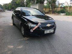 Cần bán Chevrolet Cruze LS đời 2010, màu đen