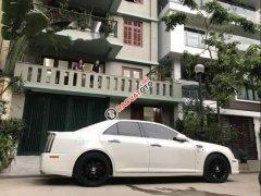 Cần bán xe Cadillac STS Platinum sản xuất 2010, màu trắng, nhập khẩu nguyên chiếc, giá cạnh tranh