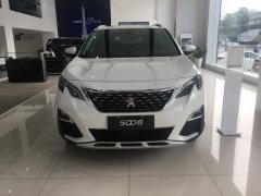 Peugeot 5008 - Giá tốt nhất trong năm - Quà tặng khủng đón năm mới