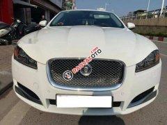 Cần bán Jaguar XF năm sản xuất 2014, màu trắng, nhập khẩu