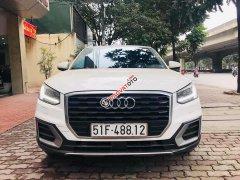 Bán Audi Q2 1.4TFSI 2017, màu trắng, nhập khẩu nguyên chiếc
