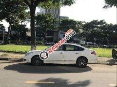 Cần bán xe Nissan Teana năm sản xuất 2010, màu trắng, nhập khẩu nguyên chiếc
