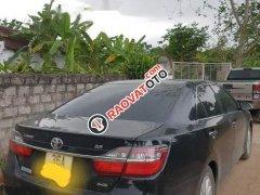 Cần bán xe Toyota Camry sản xuất 2015, màu đen chính chủ