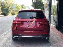 Bán xe Mercedes GLC 300 4Matic sản xuất 2016, màu đỏ như mới