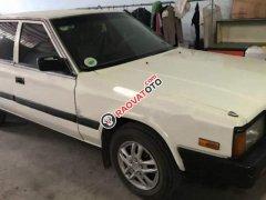 Bán ô tô Nissan Bluebird 1.8 năm 1989, màu trắng, giá chỉ 50 triệu