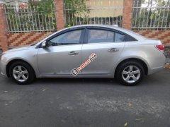 Bán xe Cruze 2011, số tay, máy xăng, màu bạc, nội thất màu xám, odo 62000 km