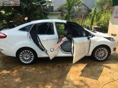 Bán Ford Fiesta Titanium 1.5 AT đời 2015, màu trắng chính chủ